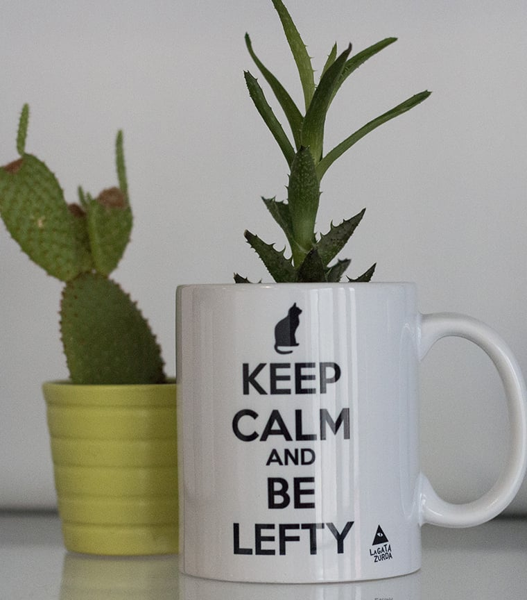 Taza Keep calm and be lefty